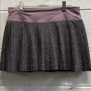 Lululemon floral ruffled tennis skirt sz 6